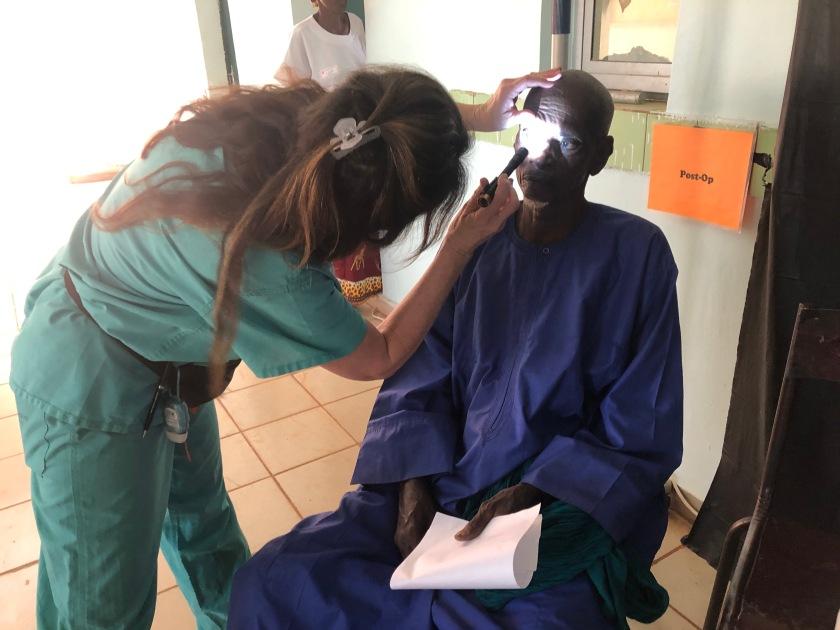 2019-11-25 Medical Team Ouelessebougou (19)