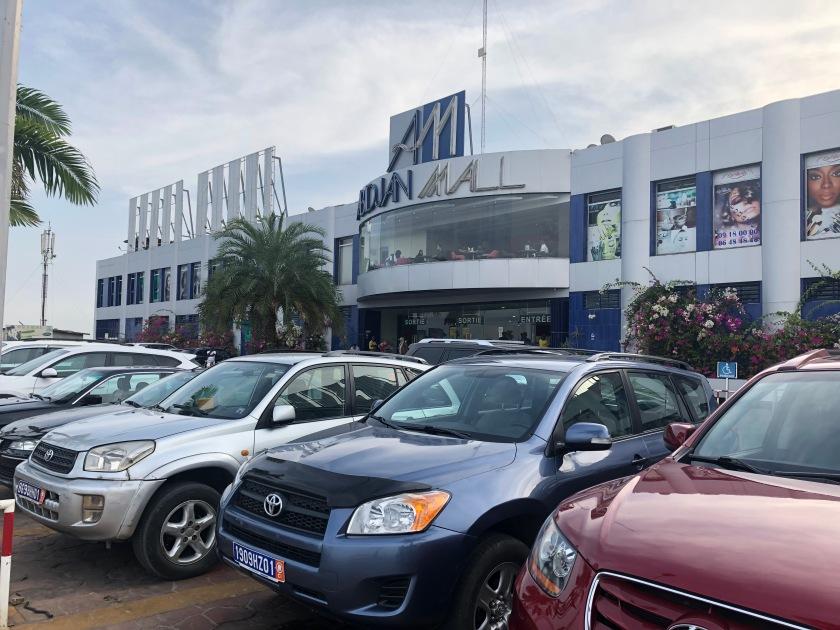 2020-3-12 Cocody Mall (1)
