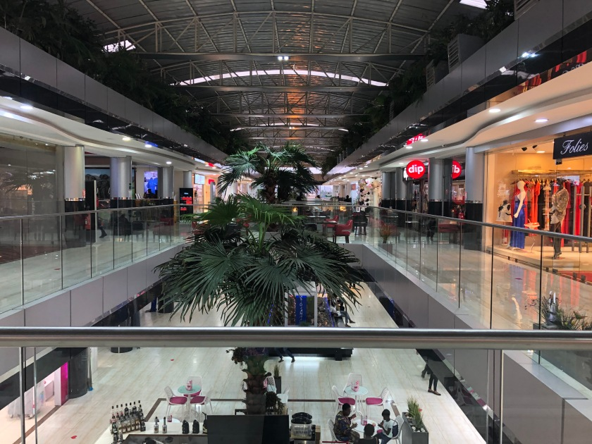 2020-3-12 Cocody Mall (3)