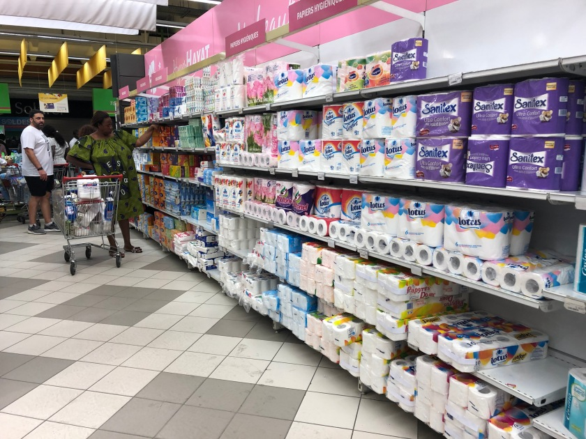2020-3-17 Panic shopping Cap Sud Abidjan (10)