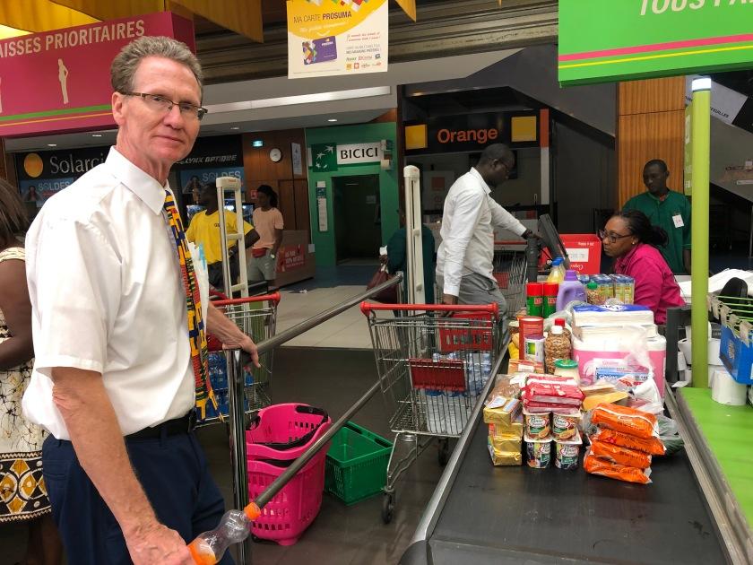 2020-3-17 Panic shopping Cap Sud Abidjan (12)