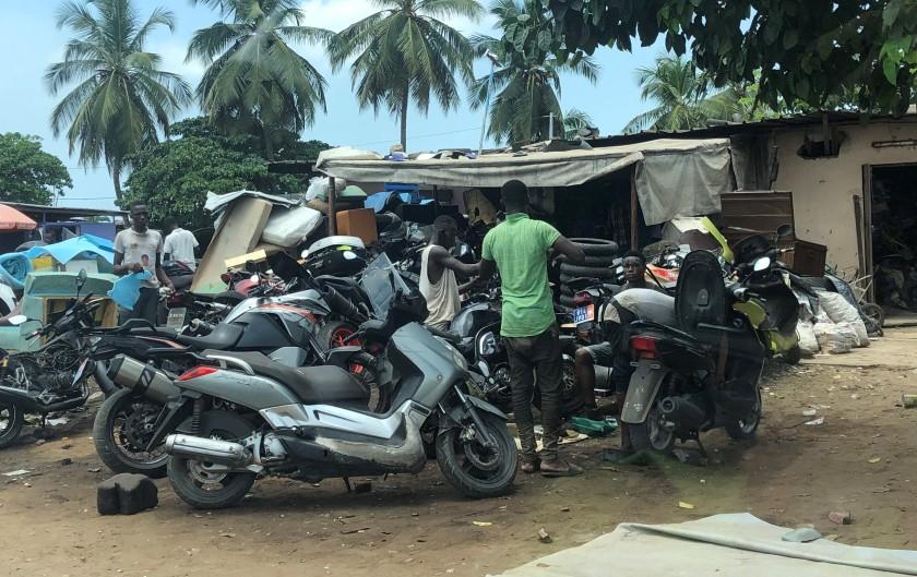 2020-4-21 Abidjan streets (10)