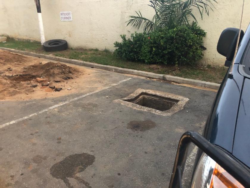 2020-5-18 Vehicle Crashed--the hole (5)