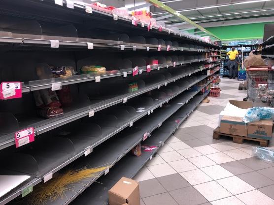 2020-3-17 Panic shopping Cap Sud Abidjan (1)